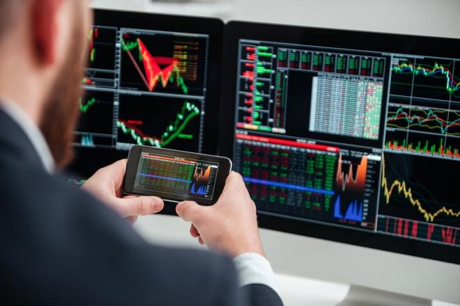 На бирже акций