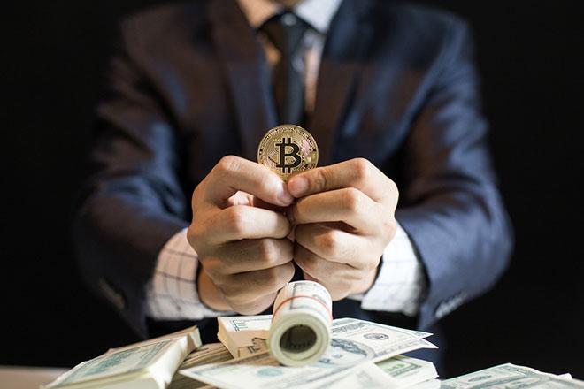Криптовалюта и наличные