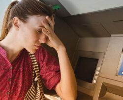 Банкомат Сбербанка «съел» карту или деньги: почему и что делать